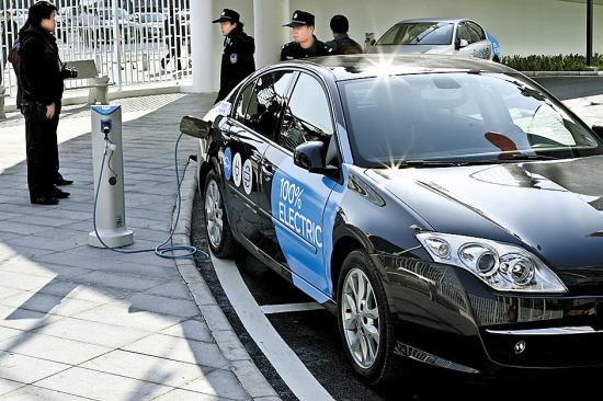 北京,青岛等地早已出现了充换电站;11月末,又对苏沪杭电动汽车智能充